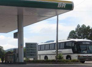 Brazilská pumpa: G = Gasolina, E = Etanol, D = Diesel